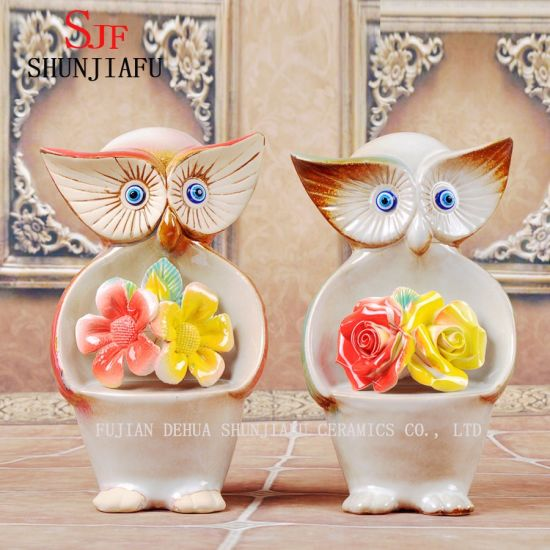 Ceramic Owls Held The Flowers in Their Arms for Home /Wedding Decoraion Craft