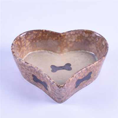 Brown Heart Shaped Bowl Printed Bone Picture Ceramic Pet Feeder Ceramic Dog Bowl