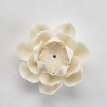 White Color Home Decor Custom Flower Design Incense Holder Ceramic Incense Stick Holder
